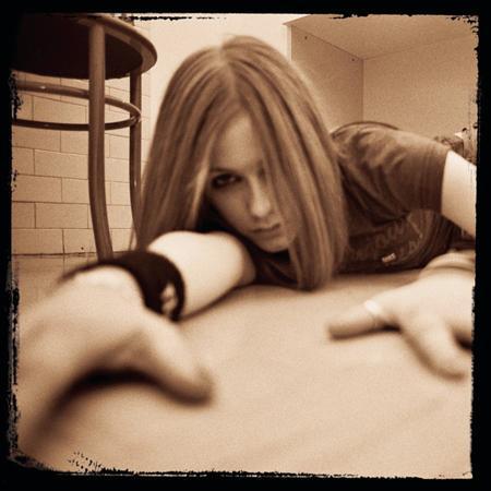 Avril Lavigne - He Wasn