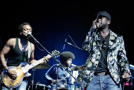 The Roots - Cut Killer  Hip Hop Soul Party 3 - Zortam Music