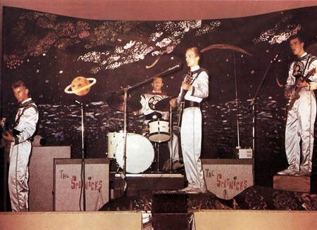 The Spotnicks - 60s Hits - The Ultimate Collec - Zortam Music