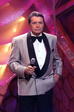 Mickey Gilley - Ultimate Country Super Hits [Sony Box Set] Disc 2 - Zortam Music