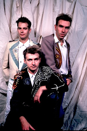 Crowded House - Classic Rock