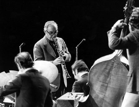 Benny Goodman - Sentimental Journey 131 - Zortam Music