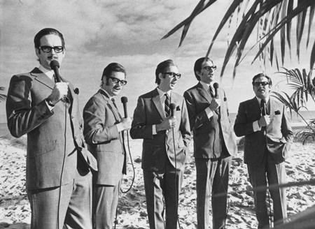 Monty Python - De Prehistorie 75 Jaar Radiohits