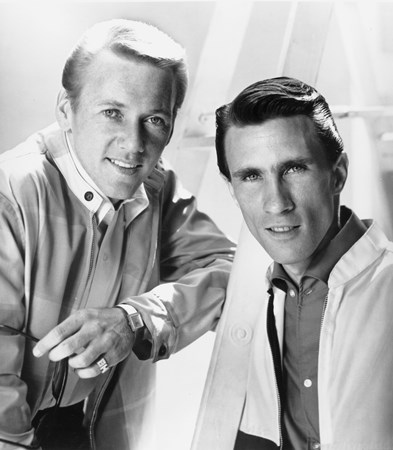 Righteous Brothers - Dreamboats & Miniskirts - Those Were The Days - Zortam Music