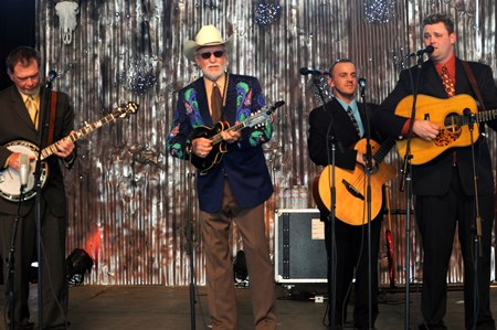 Doyle Lawson & Quicksilver - Legacy: A Tribute to the First Generation of Bluegrass - Zortam Music